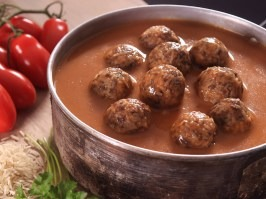 Meatballs with basmati and tomato sauce [Adventure Menu]